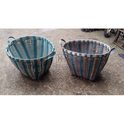 Large 2-handle plastic basket
