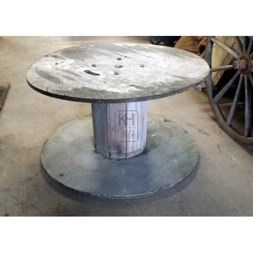 Large wood cable drum