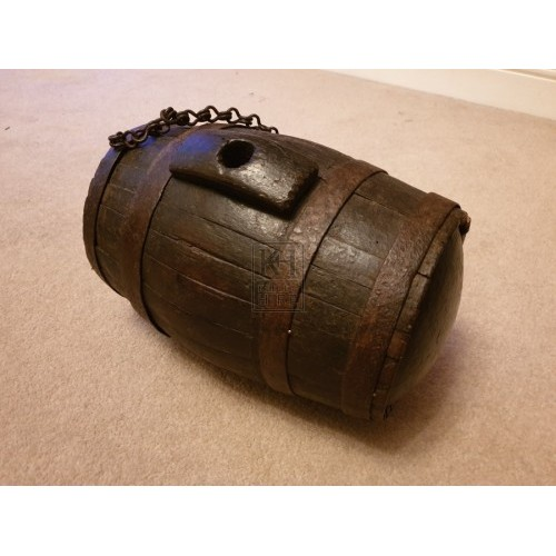 Small wood barrel on chain