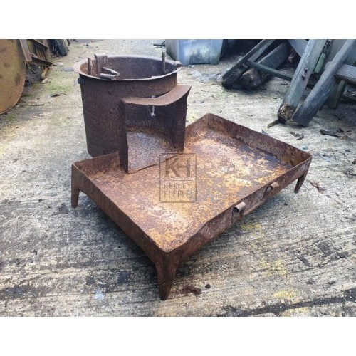 Iron stove with tray