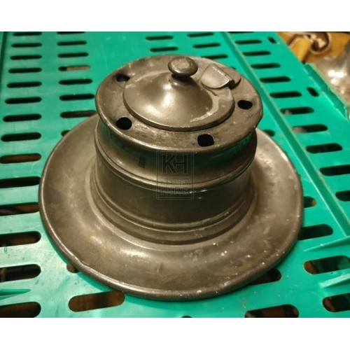 Pewter inkwell with lid