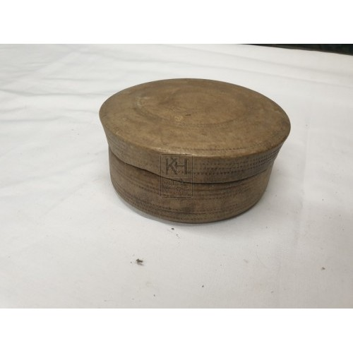 Small wood pot with lid