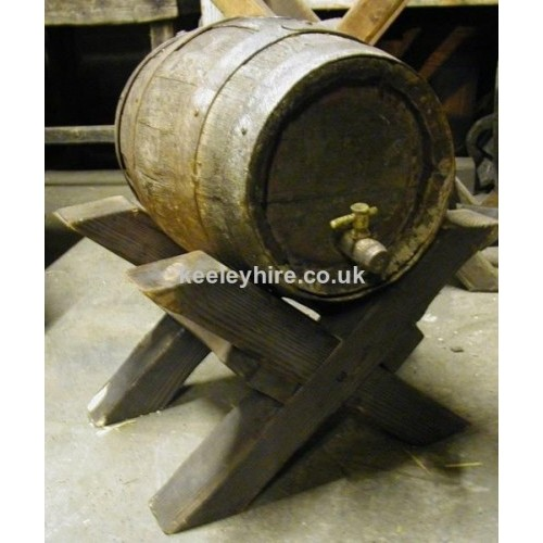 Low X Leg Wood Barrel Stand With barrel