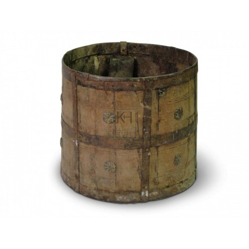 Iron Bucket with decoration