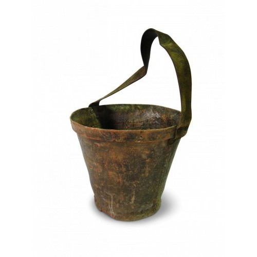 Fibreglass Bucket with Leather Handle