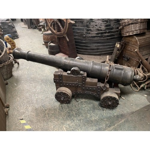 Small Cannon & Balls