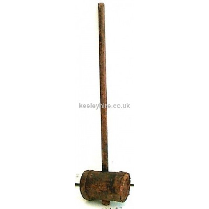 Long handle wood mallet