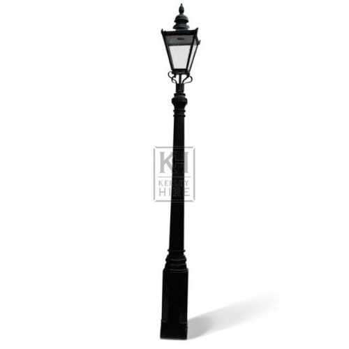 Octagonal Lamppost & Square Windsor Lamp