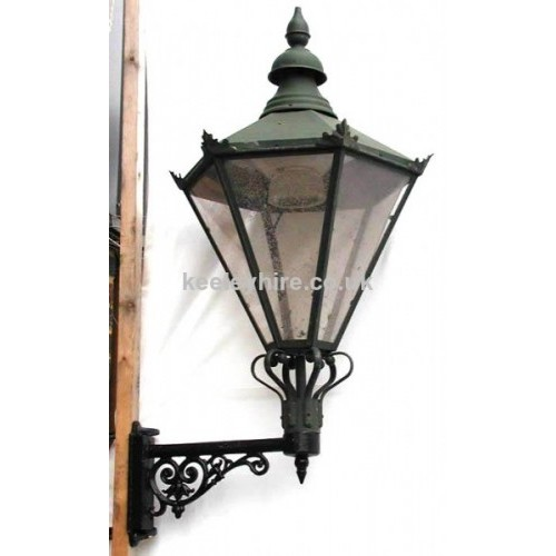 Wall Mounted Street Lamps : Prop Hire Lamp-posts & Street Lighting Wall Mounted Street Light #1 - Keeley Hire