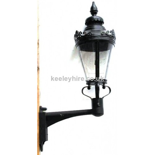 Wall Mounted Street Lamps : Prop Hire Lamp-posts & Street Lighting Wall Mounted Street Light #2 - Keeley Hire