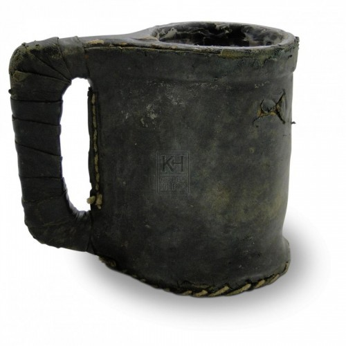 Simple Leather Tankard