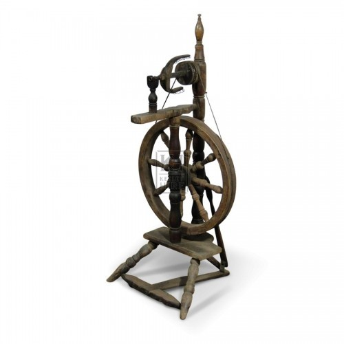Upright Spinning Wheel