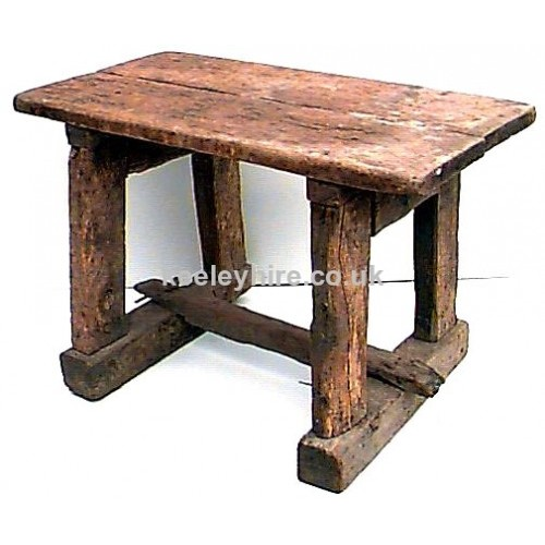 Superbe Rough Wood Table With Beam