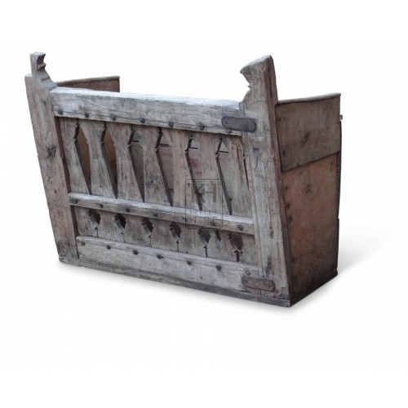 Slatted wood log box