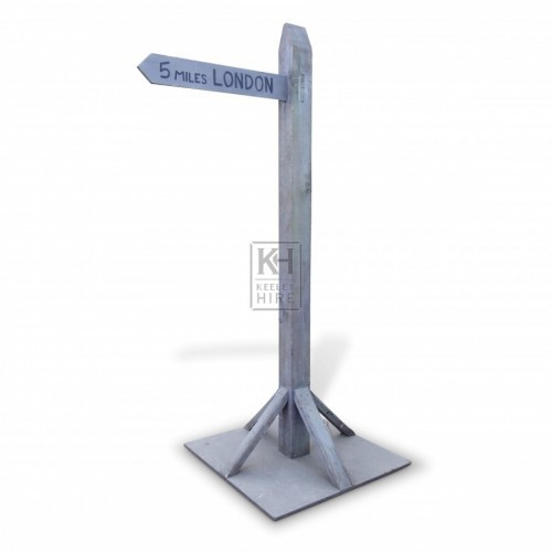 Free Standing London Sign Post