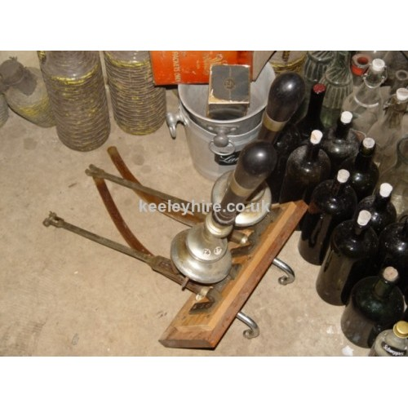 Bar pulls vertical mount