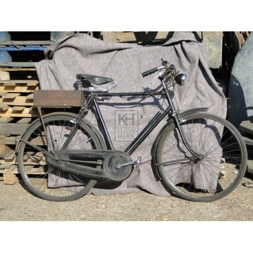 Gents black bicycle