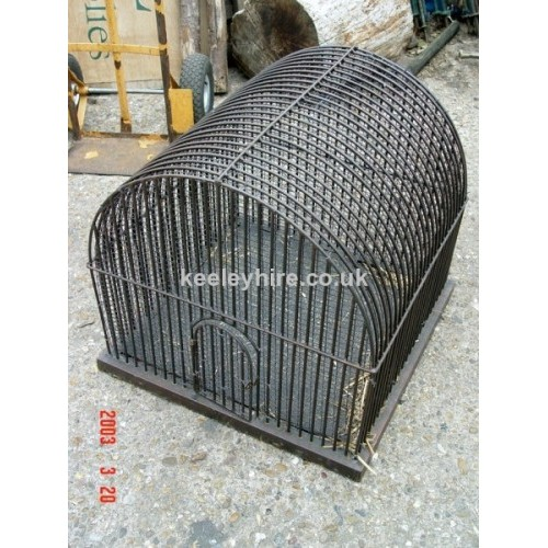 Iron cage with round top