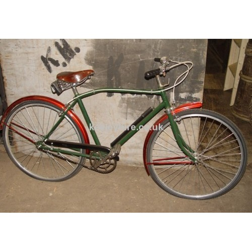 1960s Mans red/green bicycle