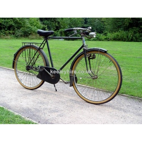 Dark green period French bicycle