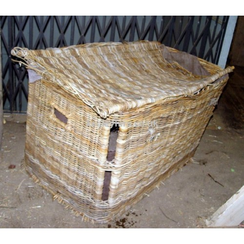 Large wicker skip basket