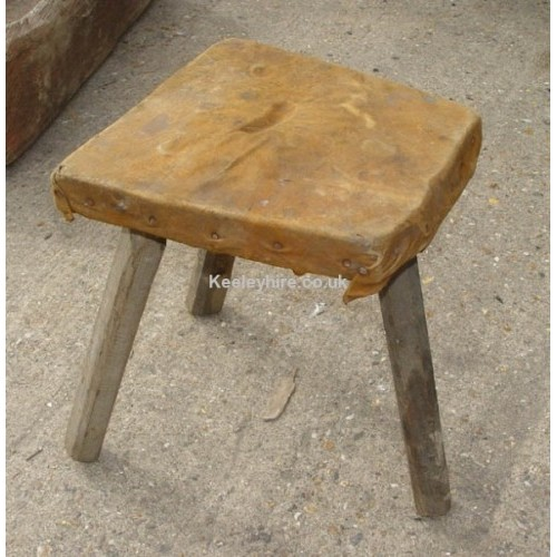 3-leg wood stool with leather top
