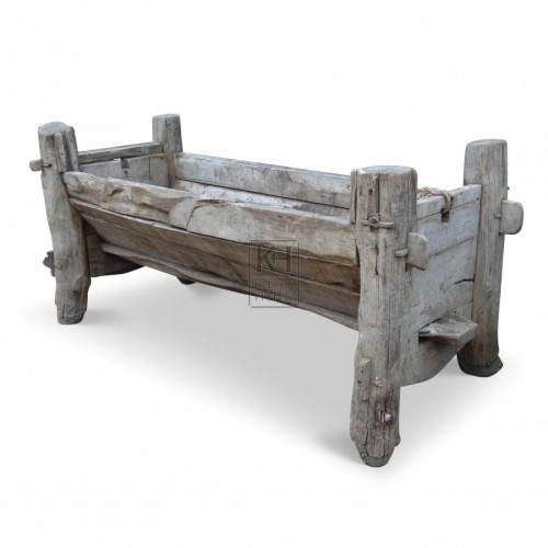 Large early wood trough
