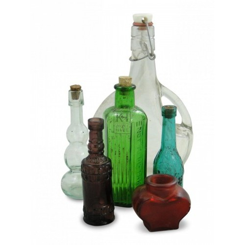 Assorted medicine & apothecary bottles