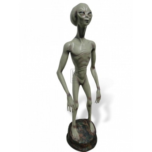 Full size Alien statue