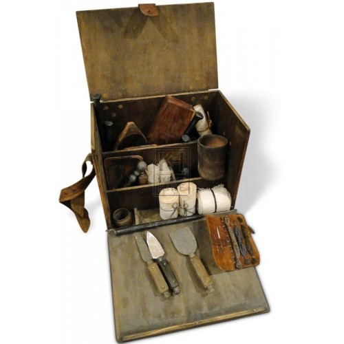 Doctors Box with Dressing