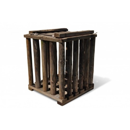 Solid Square Cage