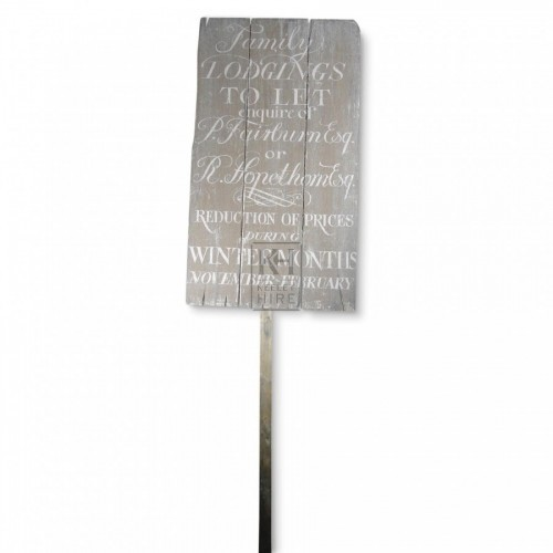 Family Lodgings Pole Sign