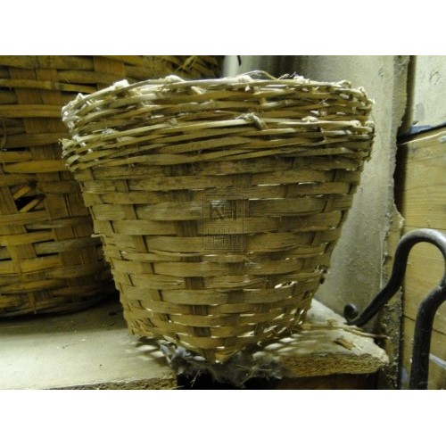 Small Wicker Urn Basket