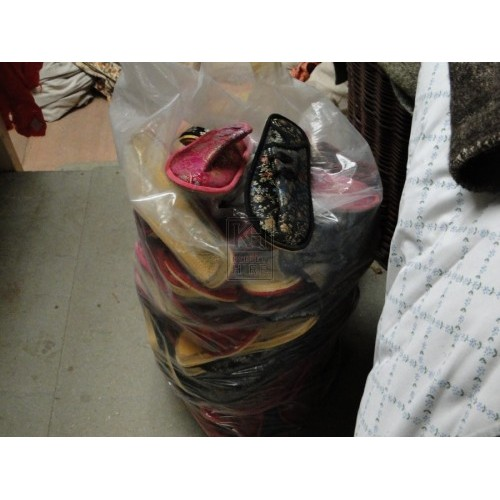Sack of Oriental/Indian/Asian Slipper Sh