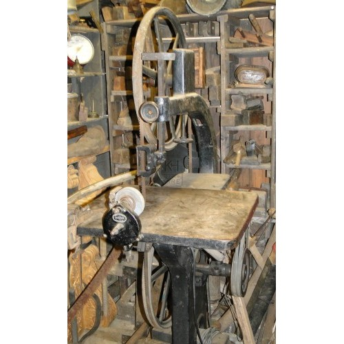 Period bandsaw