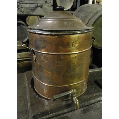 Copper urn with tap