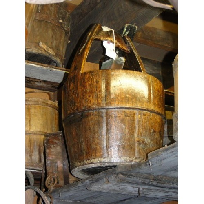 Dark shaped brown bucket