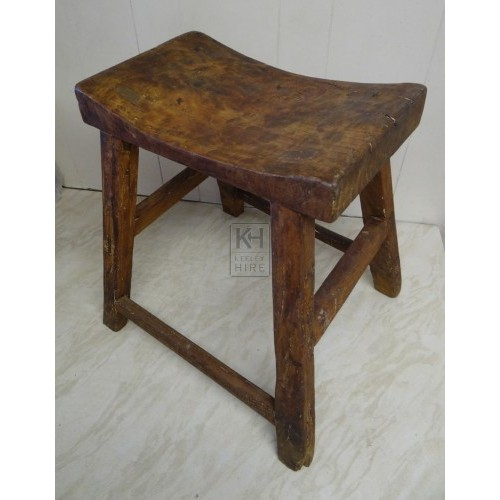 Curved wood rectangle wood stool