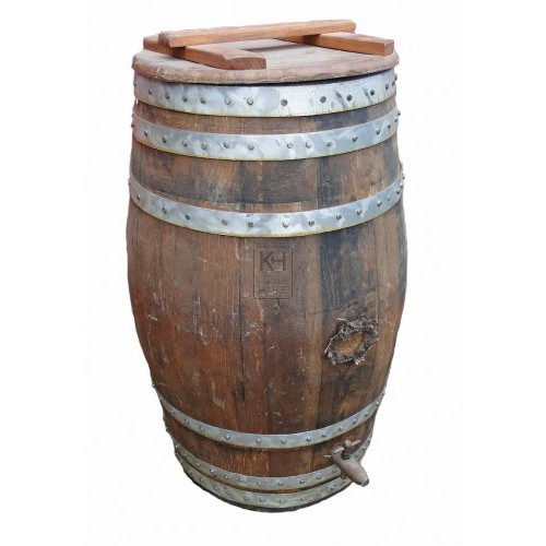 Dark storage barrel