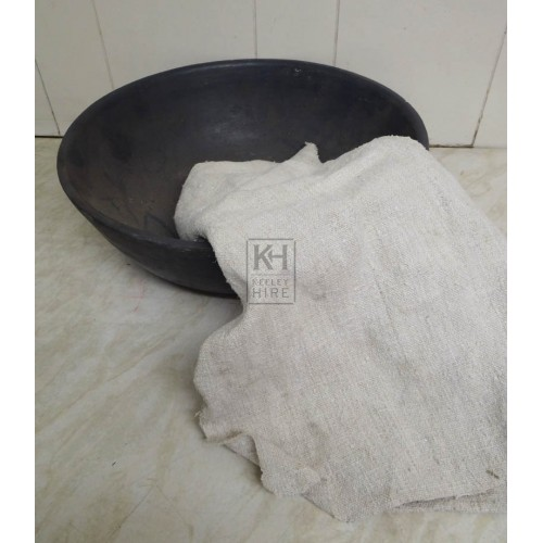 Fireglass wash bowl & towel