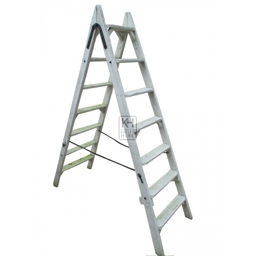 White Washed Step Ladder
