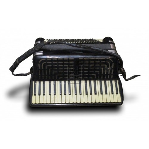 Full Size Accordion