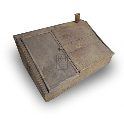 Light wood writing slope with lid