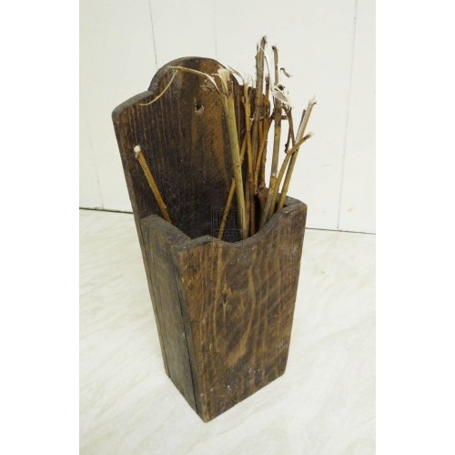 Wood wall spill box