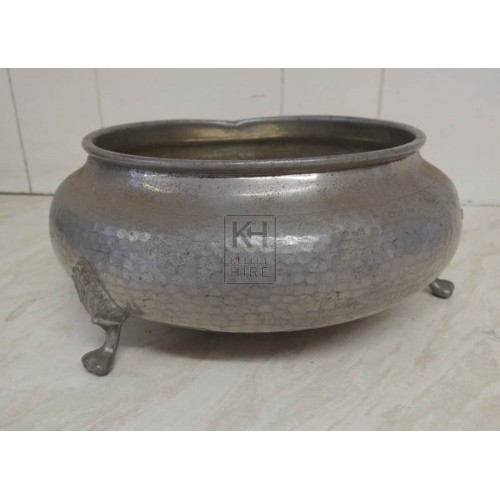 Silver bowl on small legs