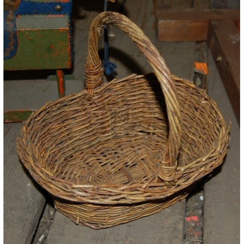 Small Picnic Basket with Handle