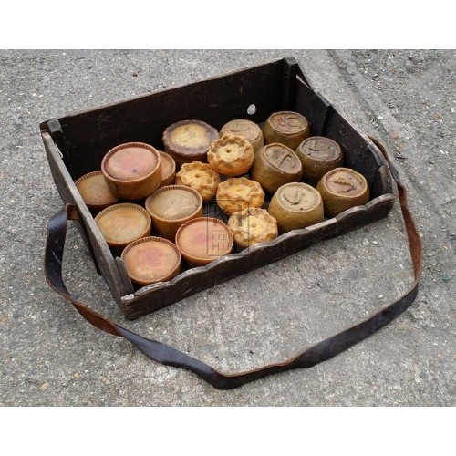 Sellers tray with pies