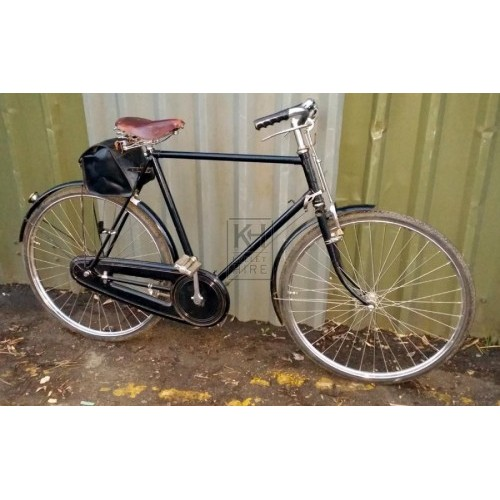 Gentlemens black bicycle with satchel