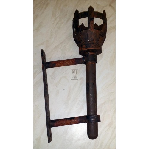 Medium Iron Flambeaux & bracket
