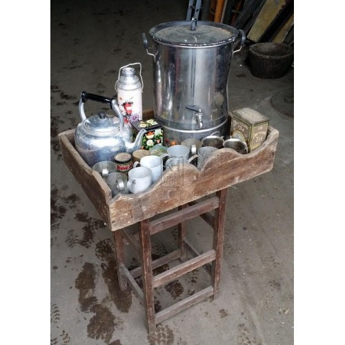 Small stall with tea dressing